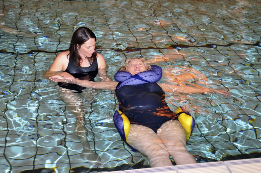 Hydrotherapy in warm water